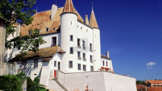 Chateau-de-Nyon_Aussenansicht_c-NSpuhler