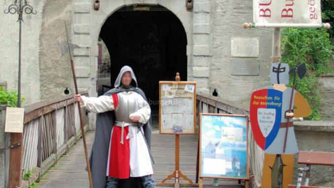 Burg-Meersburg_Torwaechter_c-BMG