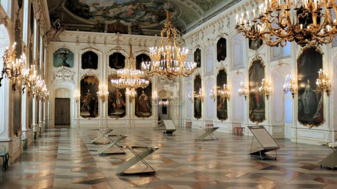 Hofburg-Innsbruck_Riesensaal_c-BHOE