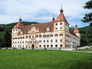 Schloss Eggenberg - Vorderseite © Universalmuseum Joanneum