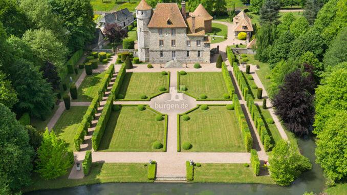 Chateau-Vascoeuil_Luftbild-symmetrisch_c-Chateau-Vascoeuil