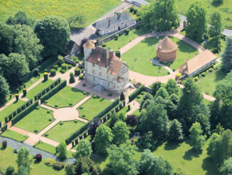 Schloss und Park aus der Luft © Chateau Vascoeuil
