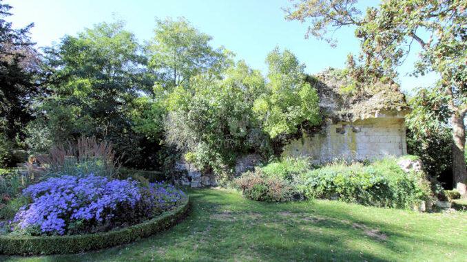 Chateau-de-Vendome_Detail-Park