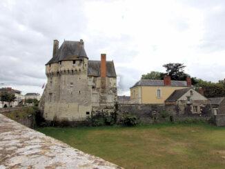 Blick von der Hauptstrasse - Château des Ponts-de-Cé