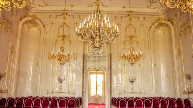 Schloss-Goedoelloi_Grosser-Saal