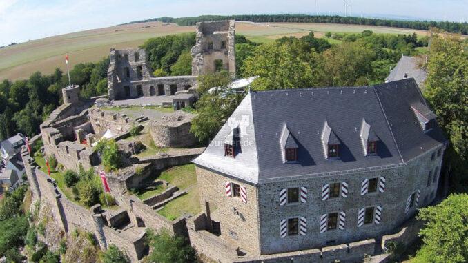 Burg-Kastellaun_Luftbild-3