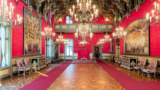 Castello-di-Miramare_Thronsaal