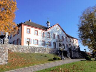 Auffahrt und Eingang © Schloss Bürgeln
