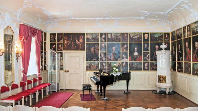 Schloss-Buergeln_Musikzimmer