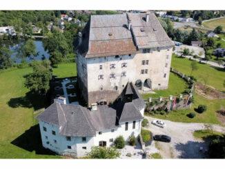 Blick aus der Luft © Schloss Moosburg