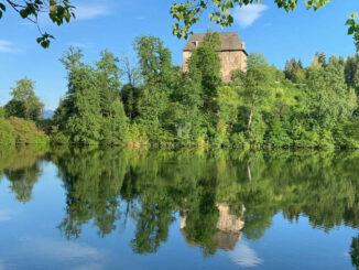 Spiegelbild im Wasser © Schloss Moosburg