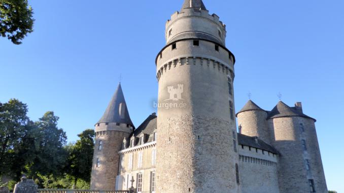 Chateau-de-Bonneval_Gartenseite_c-Sebastien-Bayle