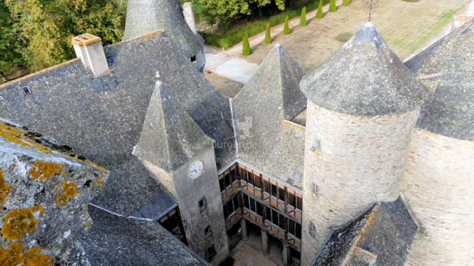 Chateau-de-Bonneval_Innenhof-von-oben_c-Sebastien-Bayle