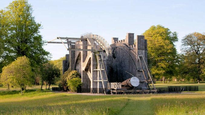 Birr-Castle_The-Great-Telescope