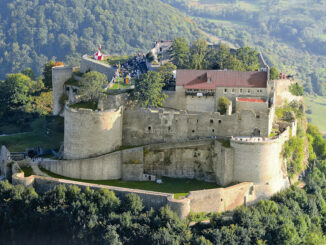 © Burg Hohenneuffen - Luftbild