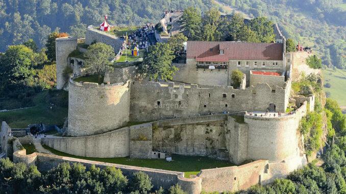 Burg-Hohenneuffen_Luftaufnahme_c-Burg-Hohenneuffen_800