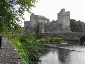 Die Burg am Fluss Suir © Cahir Castle