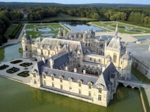 Blick von oben - Schloss Chantilly © ZDF und Christophe Astruc