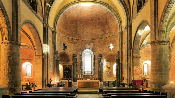 Sacra-Di-San-Michele_Kirchenschiff_c-Sacra-Di-San-Michele