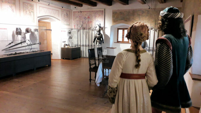 Burg-Wolfsegg_Festsaal_c-Kuratorium-Burg-Wolfsegg_800