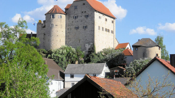 Burg-Wolfsegg_Panorama_c-Kuratorium-Burg-Wolfsegg_800
