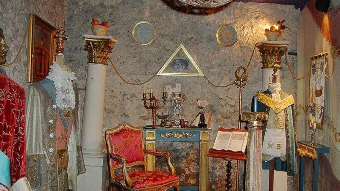 Chateau-de Mongenan_Freimaurertempel_c-Chateau-de Mongenan_800