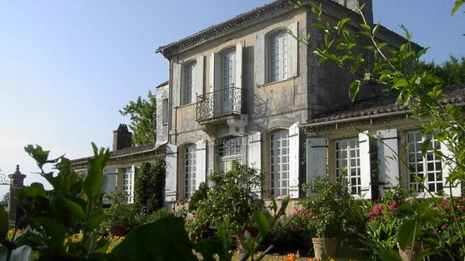 Chateau-de Mongenan_Gartenfassade_c-Chateau-de Mongenan_800