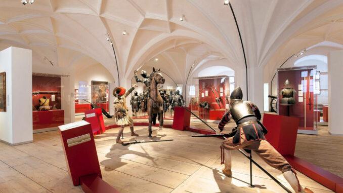 Neues-Schloss-Ingolstadt_Dauerausstellung-Formen-des-Krieges_c-Bayerisches-Armeemuseum-Luise-Wagener