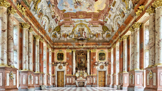 Stift-St-Florian_Marmorsaal_c-Stift-St-Florian-Pedagrafie_800