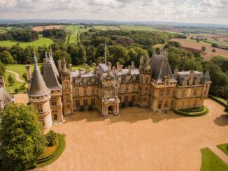Waddesdon Manor - Nordseite aus der Luft © Chris Lacey / National Trust