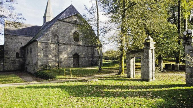 Abbaye-du-Relec_Abteikirche-und-Park_c-Bernard-Galeron_800