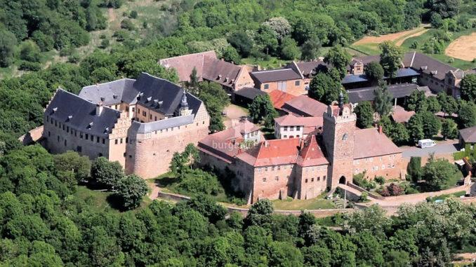 Burg-und-Schloss-Allstedt_Aus-der-Vogelperspektive_c-Burg-und-Schloss-Allstedt_800