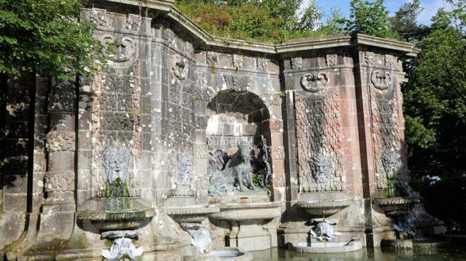 Fontaine_monumentale_du_bassin_de_la_Chasse-Noelie_BLANC-GARIN_(CDP29)-Domaine_de_Trevarez-5352_800