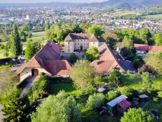 Jesuitenschloss Merzhausen - Luftbild © Alpha Netzwerkpartner