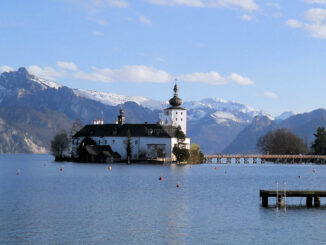 Seeschloss Ort - Schlosspanorama © Stadtgemeinde Gmunden