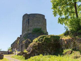 Eingang zur Burg © Jiri Hampl / Tourismus Windecker Laendchen e.V.