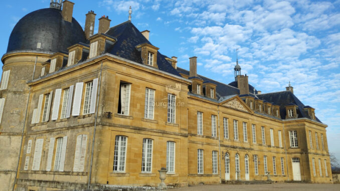 Chateau-de-Digoine_Fassadendetails