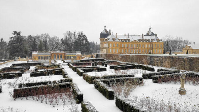Chateau-de-Digoine_Winter
