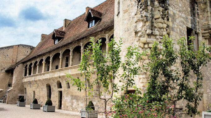 Chateau-de-Nerac_Fassadendetails_c-Albret-Tourisme