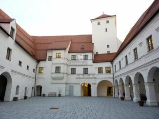Wittelsbacher Schloss Friedberg - Blick in den Innenhof © Museum im Wittelsbacher Schloss