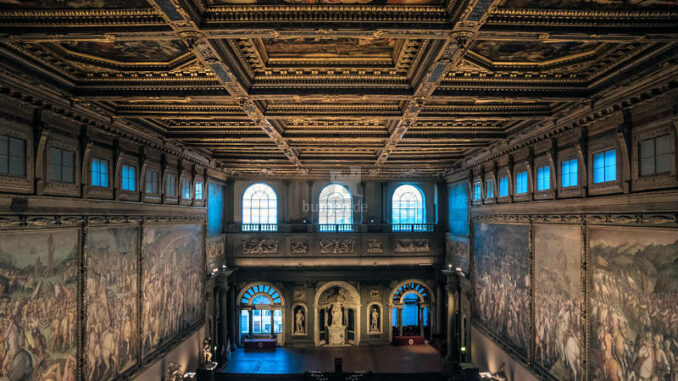 Palazzo-Vecchio_Saal-der-Fuenfhundert_c-Gerhard-Boegner-Pixabay_800