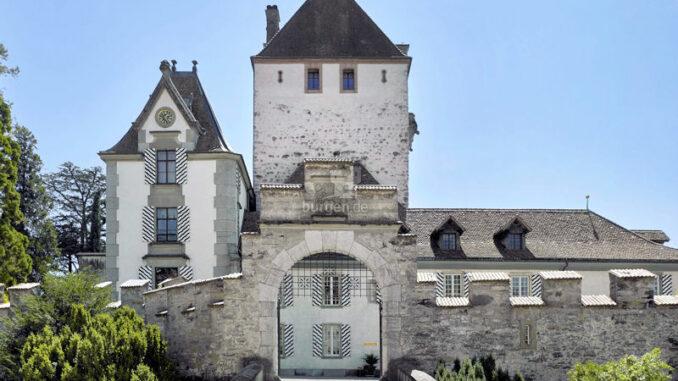 Schloss-Oberhofen_Eingangstor_c-Schloss-Oberhofen_800