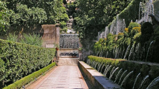 Villa-d-Este-Tivoli_Allee-der-hundert-Brunnen_c-Lapping-Pixabay_800