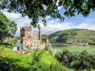 Burg Rheinstein - hoch über dem Rhein © Markus Hecher