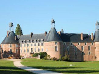 Château de Saint-Fargeau Blick vom Park ©Château de Saint-Fargeau