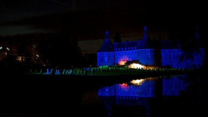 Chateau-de-Saint-Fargeau_Visites-de-nuit_c-Chateau-de-Saint-Fargeau_800