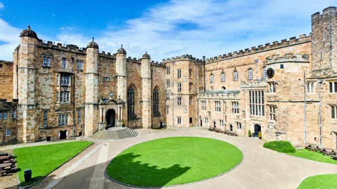 Durham-Castle_Hauptfassade_c-Durham-Castle_800