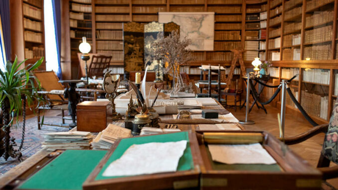 Schloss-Branitz_Pueckler-Callenberg-Bibliothek_c-SFPM-Andreas-Franke_800