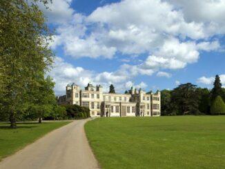 Audley End House – Schlossfassade © Ron Porter