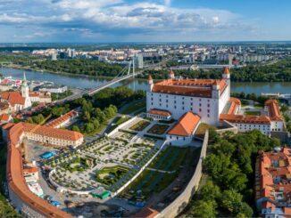 Luftbild der Burg Bratislava mit Gärten © Bratislava-Tourist-Board visitbratislava.com